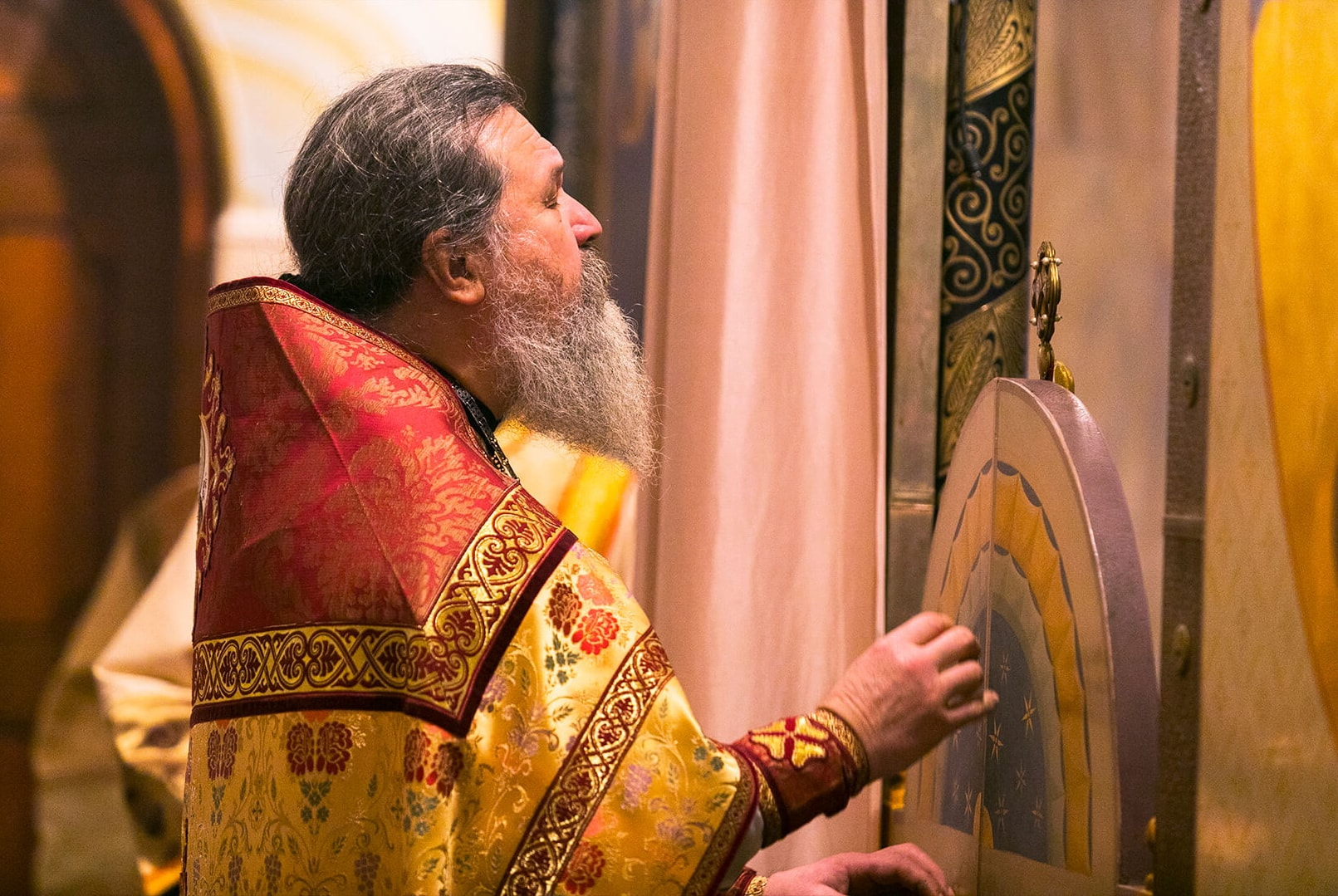 archpriest andrey lemeshonok photos