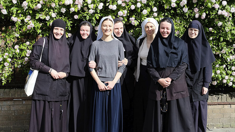 sisters and nuns of st elisabeth convent