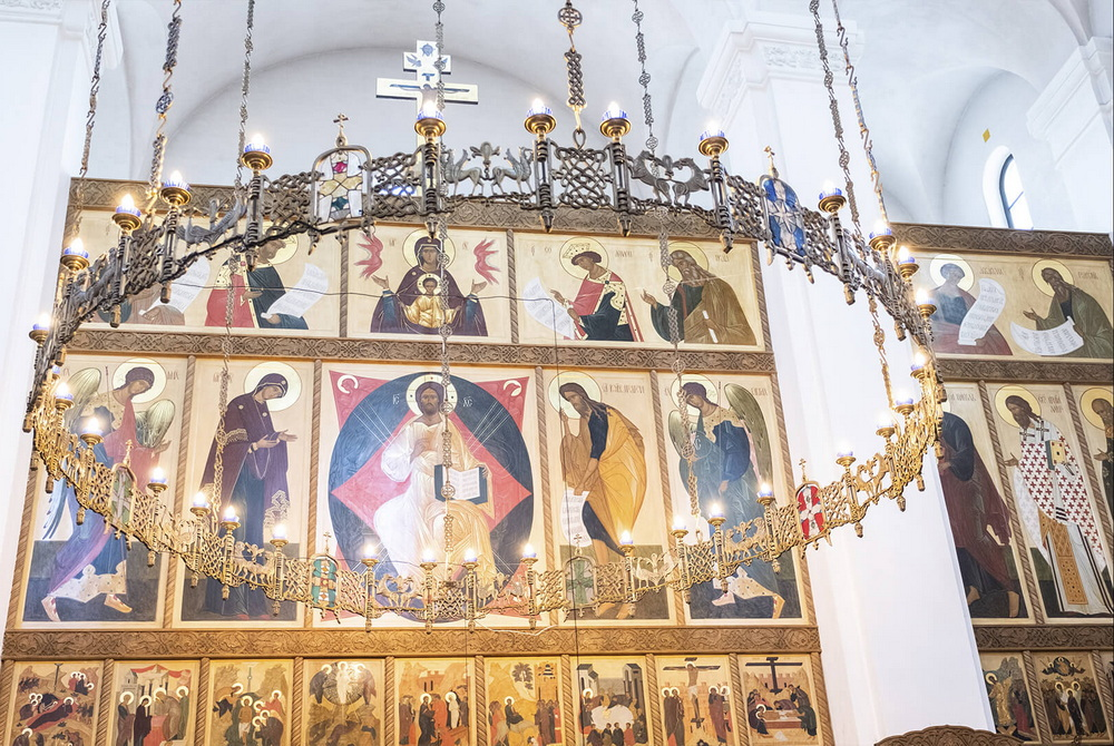 iconostasis in the Orthodox Church